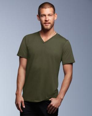 Anvil's Fashion Men's Basic V-neck Tee
